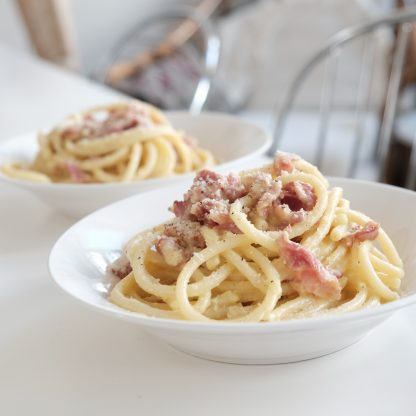 Pasta, bacon and cheese sauce